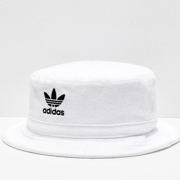 ADIDAS ORIGINALS bucket hat white terry cloth 90s